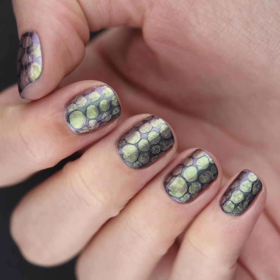 17 (Shamrock-Free) St. Patrick\'s Day Nail Designs