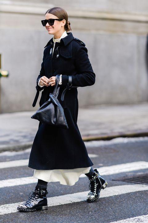 Clothing, Street fashion, Fashion, Footwear, Coat, Outerwear, Snapshot, Sunglasses, Ankle, Eyewear,