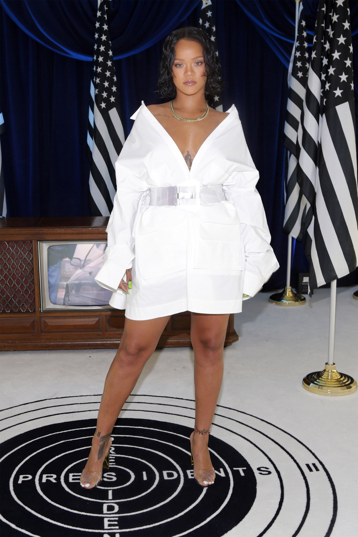 63247354d1eb Rihanna s Best Street Style - Rihanna s Best Looks