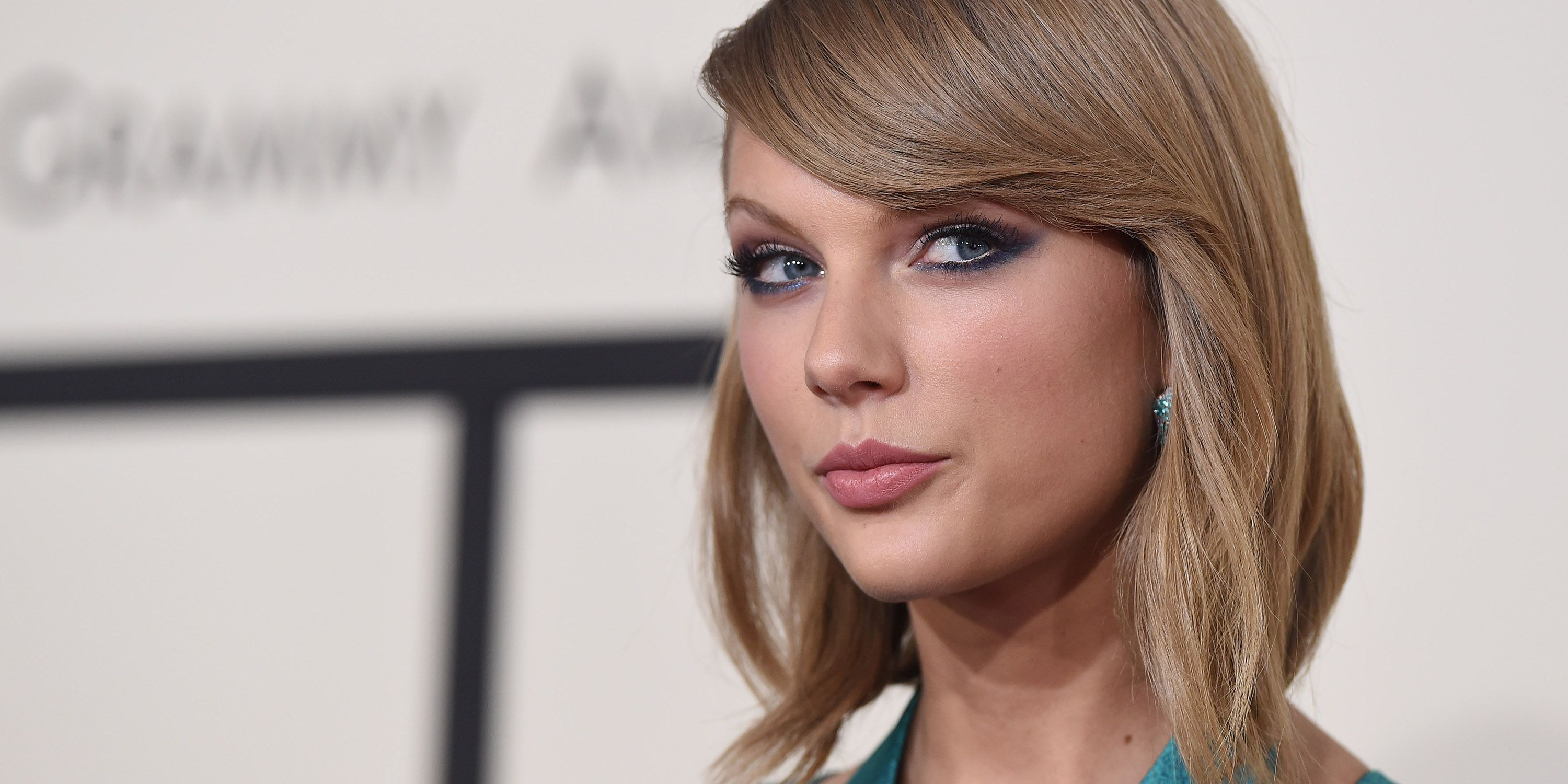 Taylor Swift Deletes Instagram Photos Taylor Swift Deletes Social Media Profile Pictures