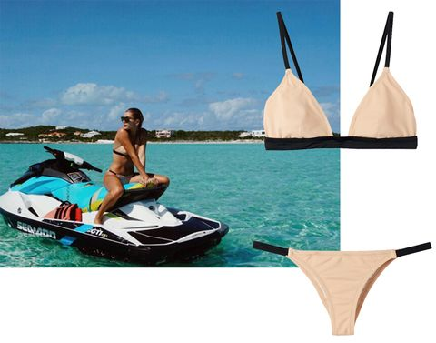 Watercraft, Leisure, Personal water craft, Jet ski, Outdoor recreation, Travel, Holiday, Beige, Boat, Water sport,