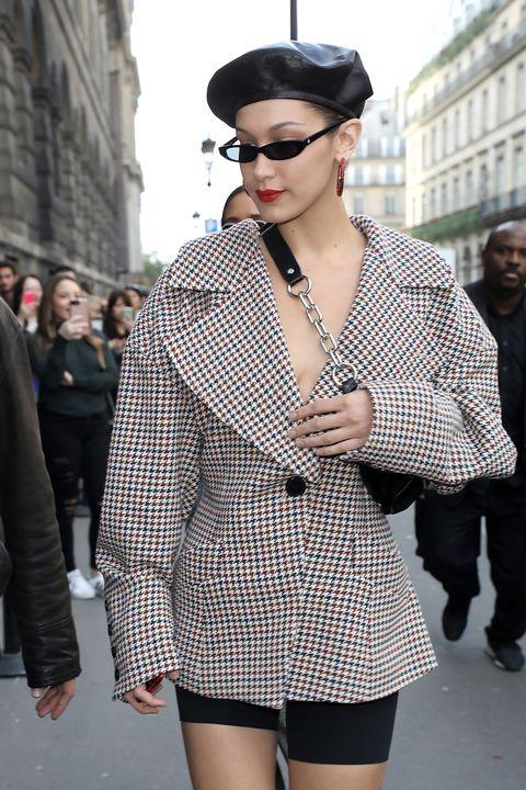 Street fashion, Clothing, Eyewear, White, Fashion, Black, Outerwear, Sunglasses, Shoulder, Snapshot,