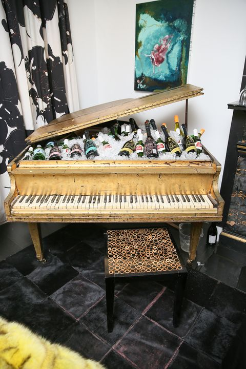 Piano, Musical instrument, Electronic instrument, Musical keyboard, Digital piano, Technology, Keyboard, Furniture, Electronic device, Fortepiano,