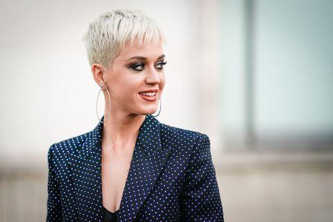 Katy Perry Short Hairstyles Labzada T Shirt