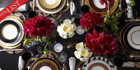 Red, Flower, Artificial flower, Cut flowers, Plant, Bouquet, Spring, Rose, Centrepiece, Floral design,