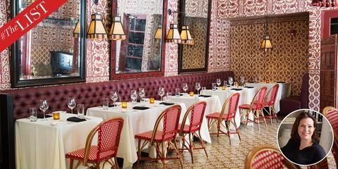 Tablecloth, Yellow, Furniture, Room, Textile, Table, Linens, Restaurant, Interior design, Function hall,