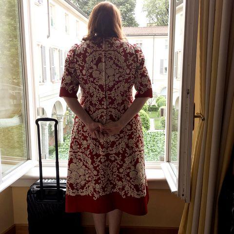 Sleeve, Dress, Shoulder, Interior design, One-piece garment, Fixture, Pattern, Day dress, Waist, Home door,