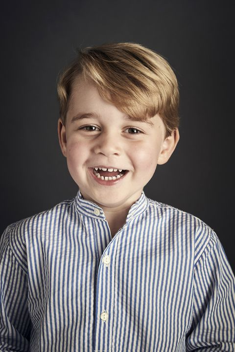 Face, Hair, Child, Facial expression, Hairstyle, Chin, Smile, Cheek, Portrait photography, Portrait,