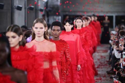 Fashion, Red, Event, Haute couture, Fashion design, Tradition, Fashion model, Textile, Temple, Ceremony,