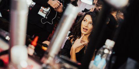 27acd55e509e9 Victoria's Secret Fashion Show 2018 Hair and Makeup Secrets - How To ...