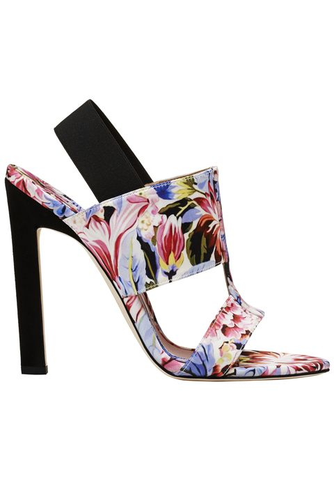Footwear, High heels, Slingback, Sandal, Shoe, Basic pump, Leg,