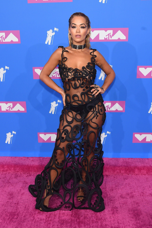 All Vmas 2018 Red Carpet Dresses Every Mtv Video Music Awards