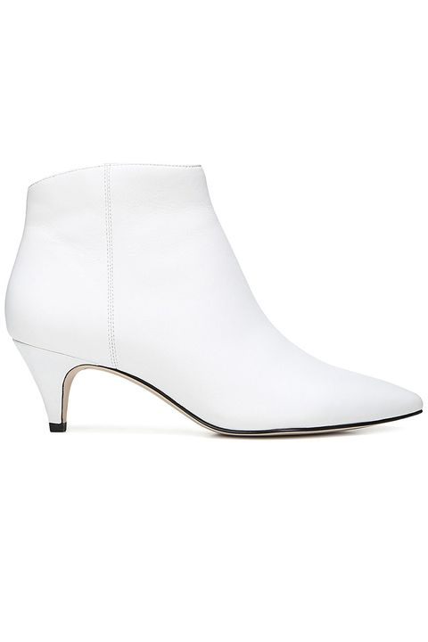 The 16 Best White Boots to Shop For Fall 2018 - White Boots for Women 339d32c430