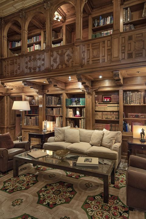 Living room, Furniture, Couch, Room, Interior design, Building, Architecture, House, Table, Ceiling,