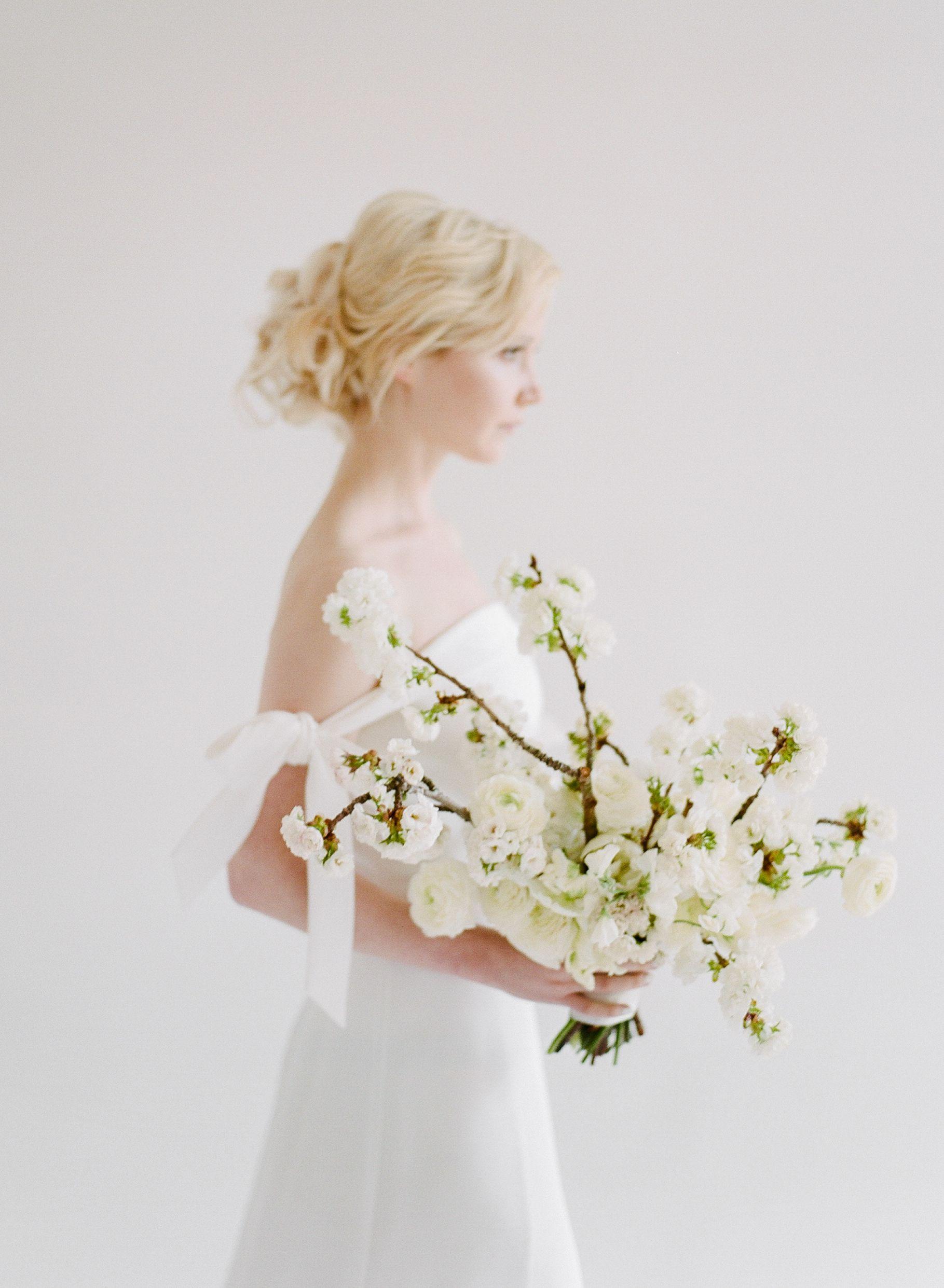Winter Wedding Bouquets.Winter Wedding Flower Ideas Bridal Bouquet Ideas For
