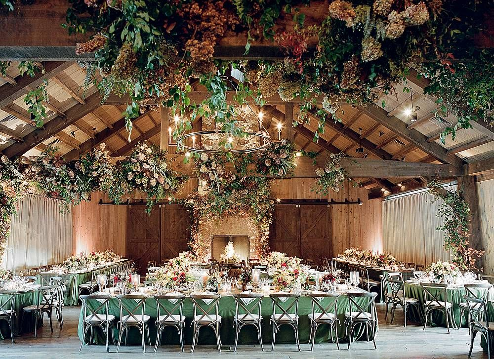 The Most Festive Decor Ideas for Your Winter Wedding