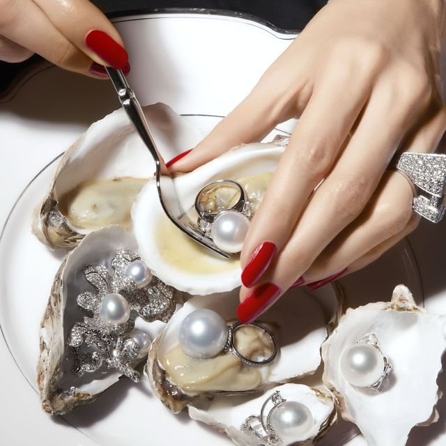 pearls fashion editorial