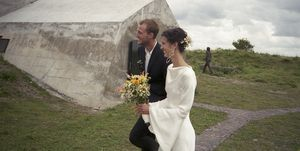 vogue wedding marte mei van haaster in louis vuitton jurk