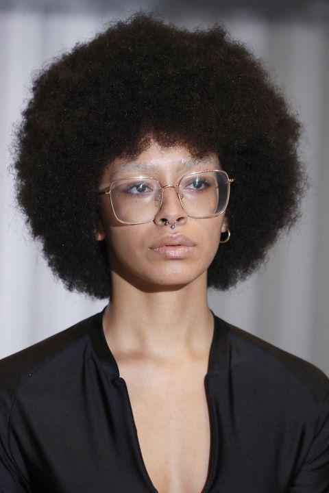 xuly bet  details   paris fashion week   womenswear spring summer 2021