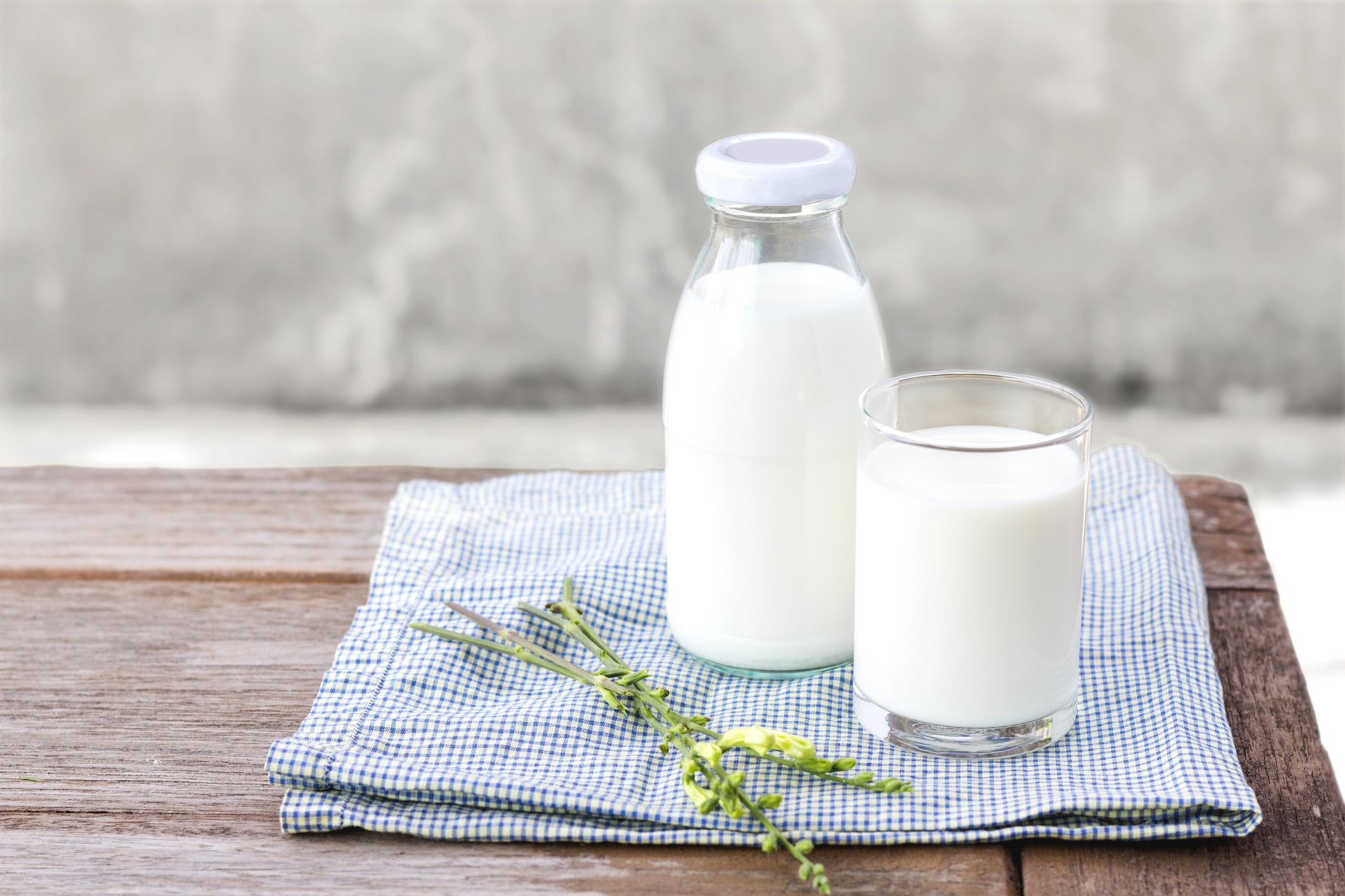 Goat Milk Nutrition - Health Benefits of Goat Milk