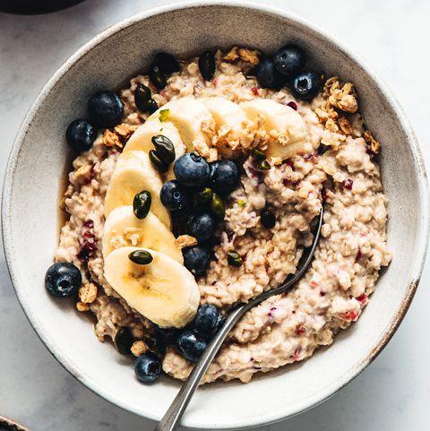 healthy breakfast of porridge with fruits