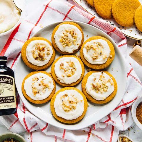 vegan pumpkin spice cookies with jar of vanilla