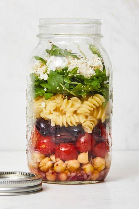 healthy salads - mason jar pasta salad