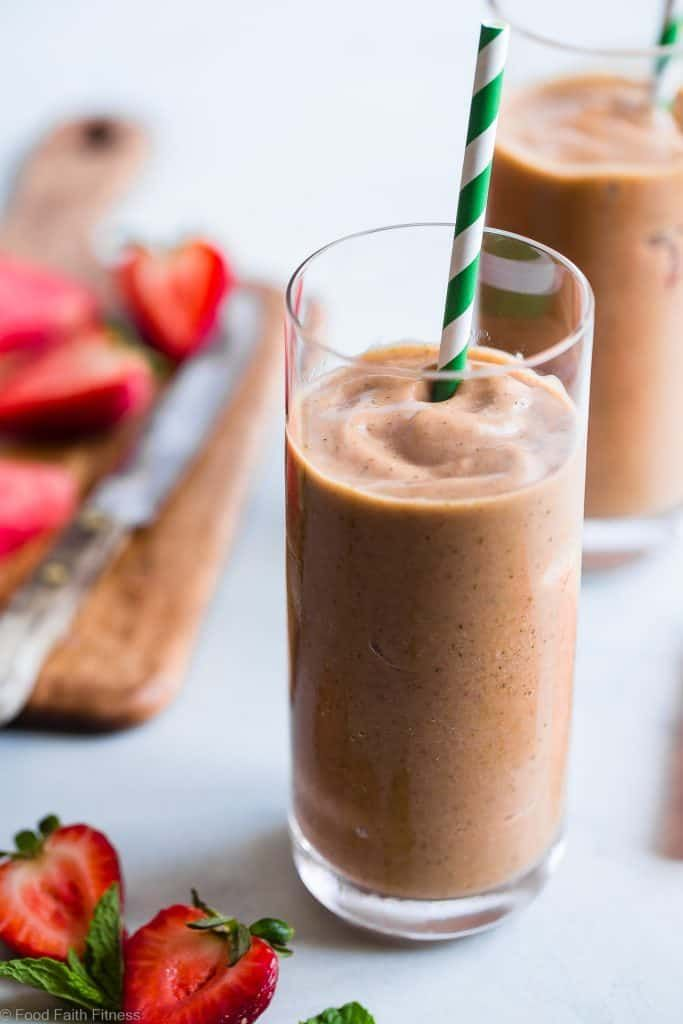 Healthy Strawberry And Watermelon Smoothie Watermelon and mint go together like margs and lime, and this refreshing smoothie is here to prove it. Get the recipe Per serving: 188 calories, 6 g fat (1 g saturated), 35 g carbs, 28 g sugar, 80 mg sodium, 5 g fiber, 2 g protein