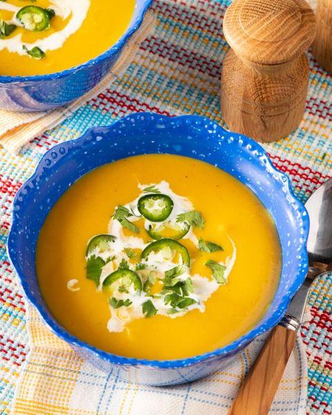 instant pot butternut squash soup in blue bowl