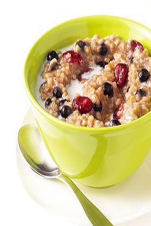 healthybreakfaststoloseweight-slowcookermapleberryoatmeal-
