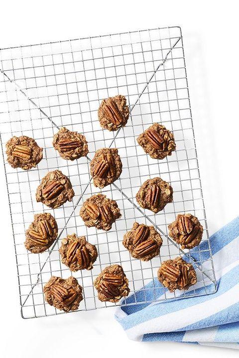 healthyvalentinesdayrecipes-oatmealpecancookies
