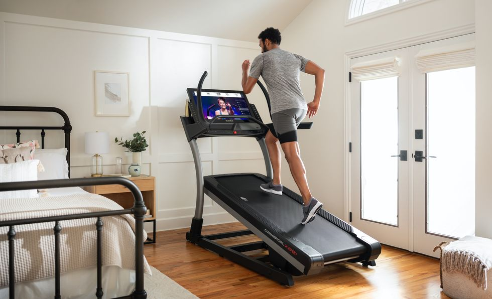 The Top 6 Home Gym Essentials, According to a Trainer thumbnail