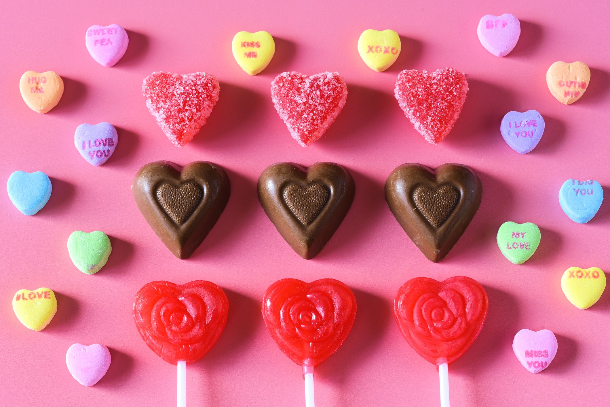 The 41 Best Valentine's Day Chocolates And Candies To Give Your Love In 2020