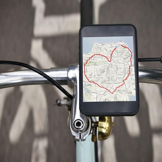 Heart shaped cycle route a device on a bicycle