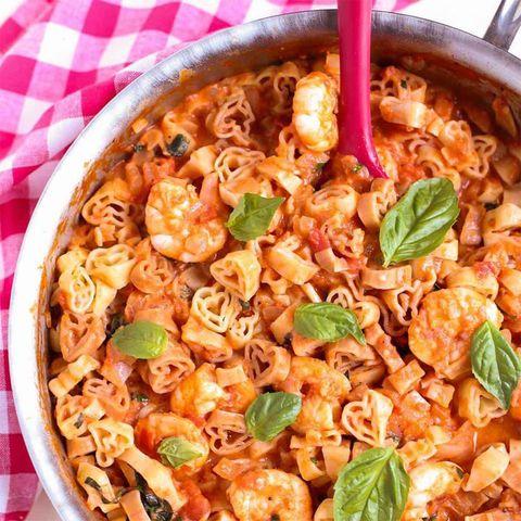 Dish, Food, Cuisine, Ingredient, Rotini, Produce, Meat, Staple food, Italian food, Side dish,