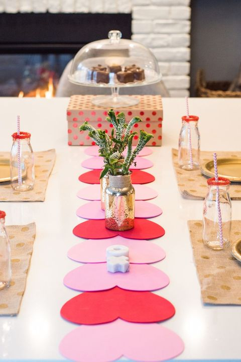Table Runner Valentines Day Crafts
