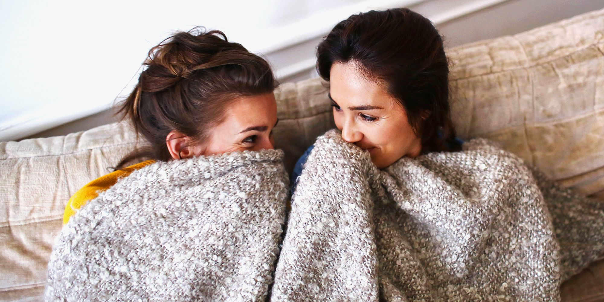 8 Best Heated Throw Blankets For 2020
