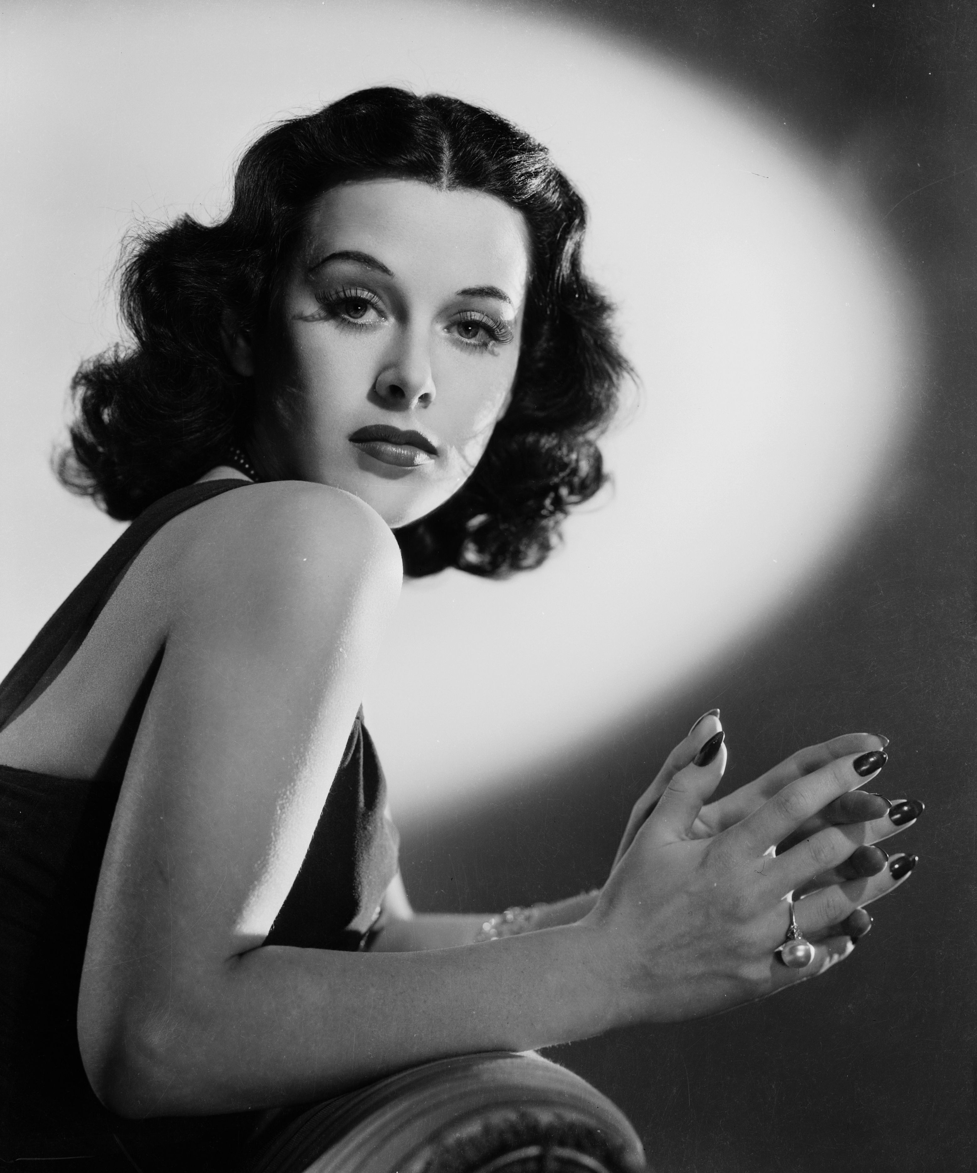 You Have Film Siren and Inventor Hedy Lamarr to Thank for Wi-Fi