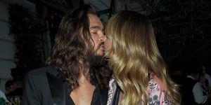 Heidi Klum y Tom Kaulitz besos gala AmfAR París