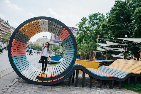 Parque pop up en madera, de Helio Wood Studio, en Budapest