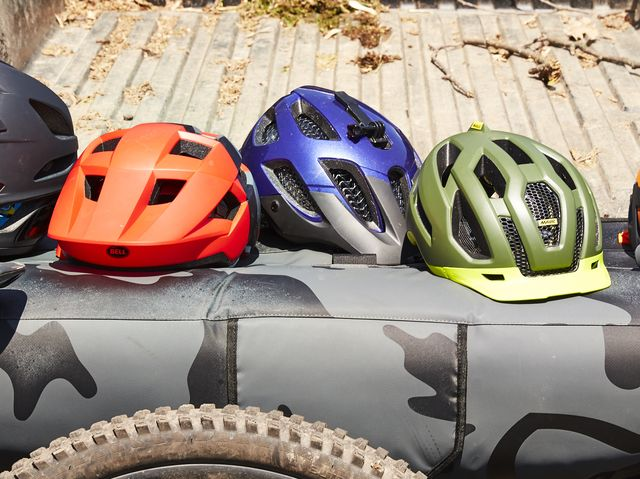 a54ccd425ae The Best Mountain Bike Helmets You Can Buy Right Now
