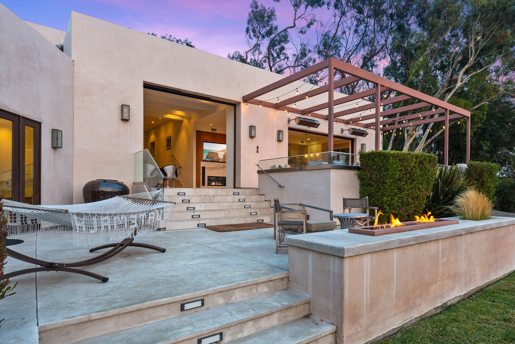Hemsworth brothers sell shared Californian mansion for $4.9 million