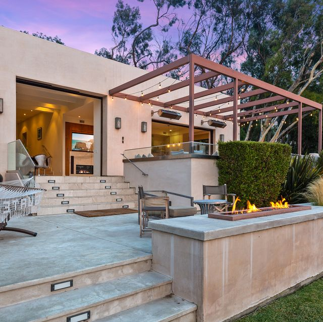 hemsworth brothers sell california mansion for 49 million