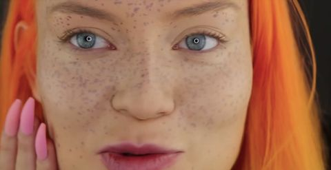 This Youtuber Tried To Give Herself Henna Freckles And