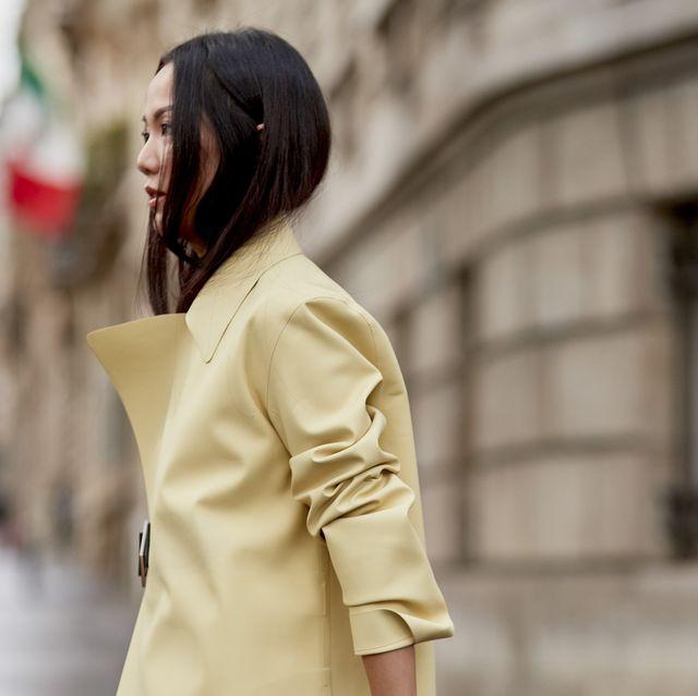 Street fashion, White, Clothing, Photograph, Shoulder, Fashion, Yellow, Outerwear, Beauty, Skin,