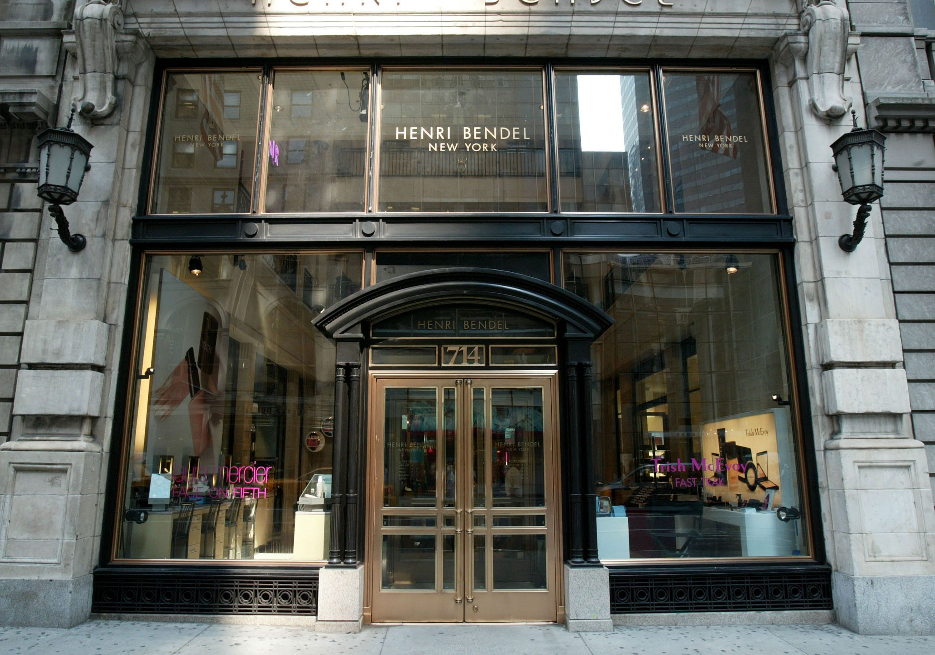 Shoppers Mourn the End of Henri Bendel, Which Is Closing After 123 Years