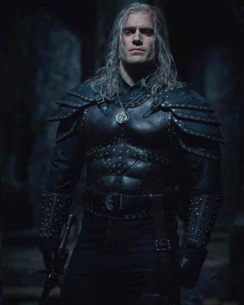 henry-cavill-the-witcher-season-2-160190