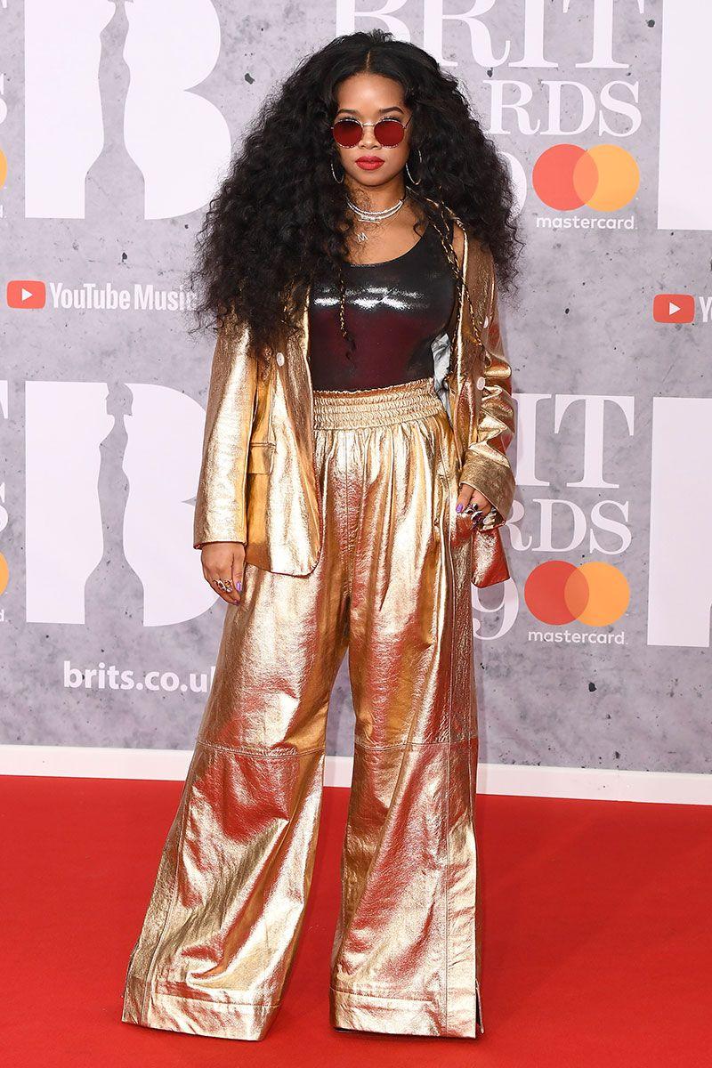 brits, brit awards, red carpet, dresses