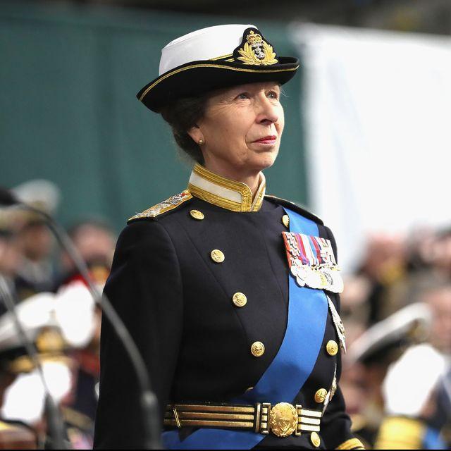princess anne visits hm naval base