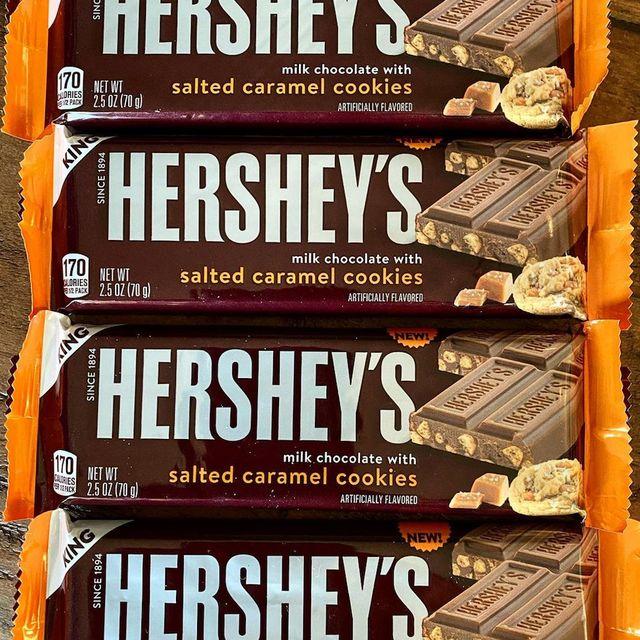 hershey's milk chocolate with salted caramel cookies bar